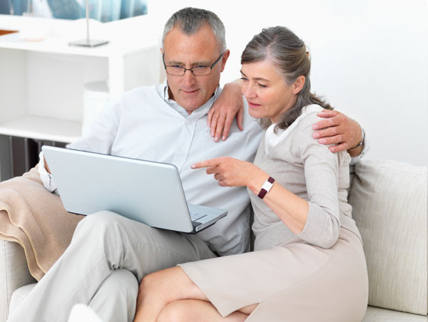 Couple looking over Medicare Options